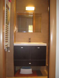 4-después-mueble-baño-rediador-toallolero