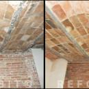Limpieza de techos con revoltones y paredes antiguas de obra vista, en piso de Gràcia