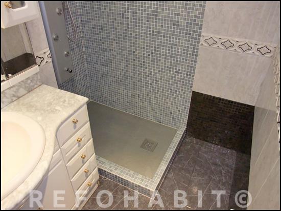 Cambio de ba era por ducha de resina con gresite dos colores - Plato ducha piscina ...