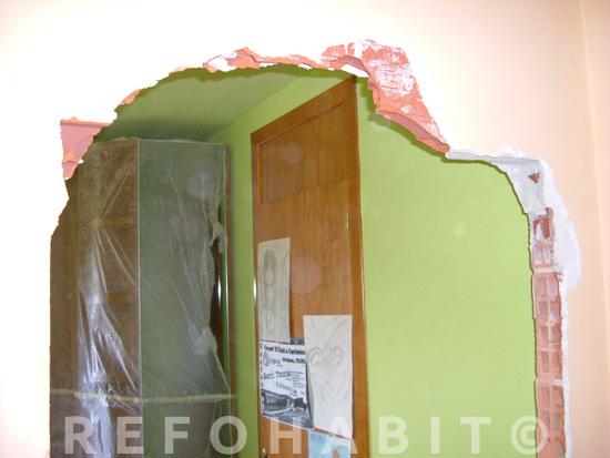 Arco interior en paso entre habitaciones sal n o cocina for Hacer piscina de obra paso a paso