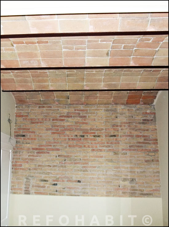 reforma de pared de ladrillo tambin de techo con volta catalana en piso de