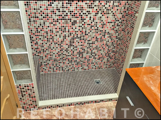 Cambio de ba era por ducha en sant adri del bes s bcn - Paves abatible ...