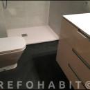 Reforma de baño con cambio de bañera por ducha de resina en Alella Barcelona